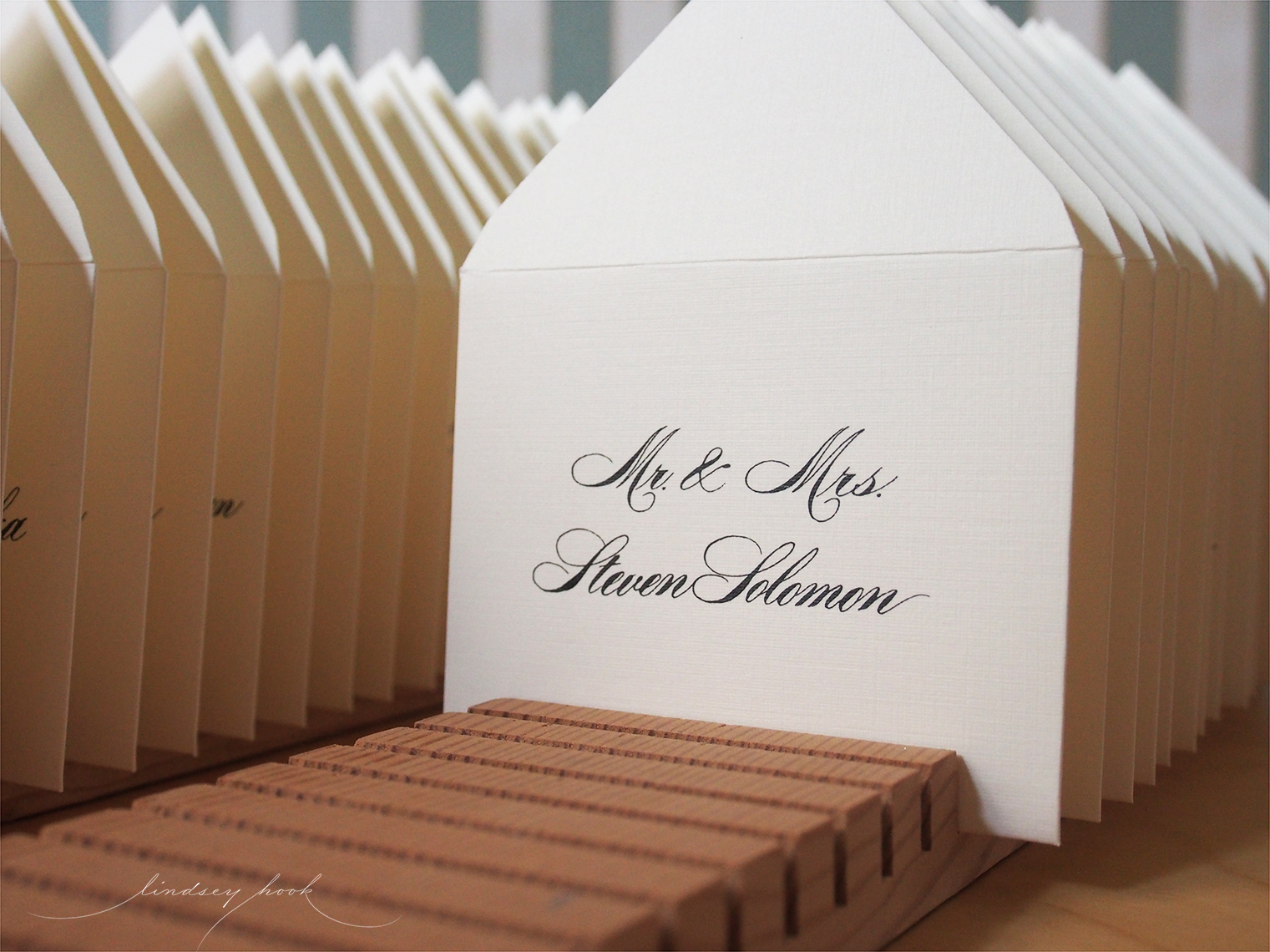 Helinda Escort Envelopes