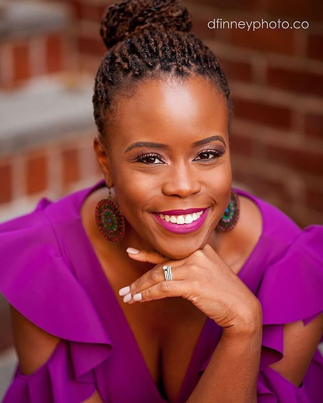 My favorite color on one of my favorite clients!💜💜💜💜💜💜 @krissydeemsw looks amaaazzzing in her new headshots captured by @dfinneyphoto 💫 . . . . . . #dfinneyphoto #dfinneyphotography #beautiful #beauty #protectivestyles #naturalhair #headshotphotography #softbeauty #dmvmakeupartist #dcmakeupartist #dcmua #denyelledbeauty