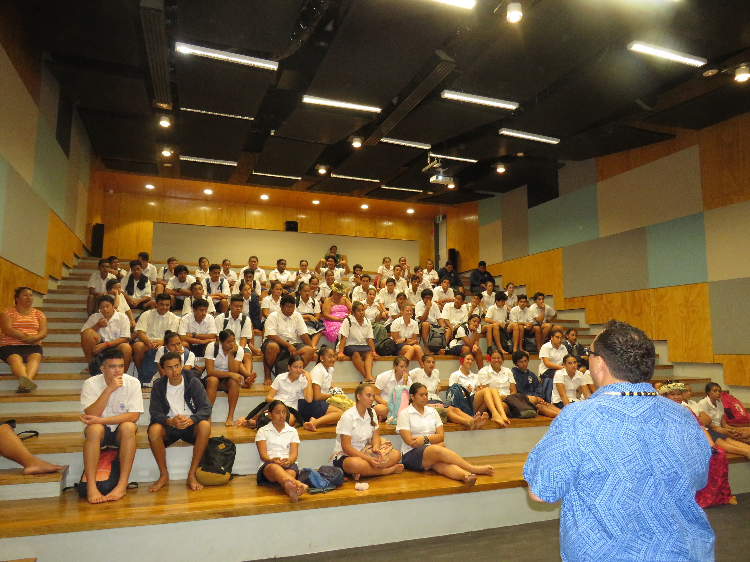 Metua Vaiimene from Cook Islands Tourism presents to the Year 10 students of Tereora College.JPG