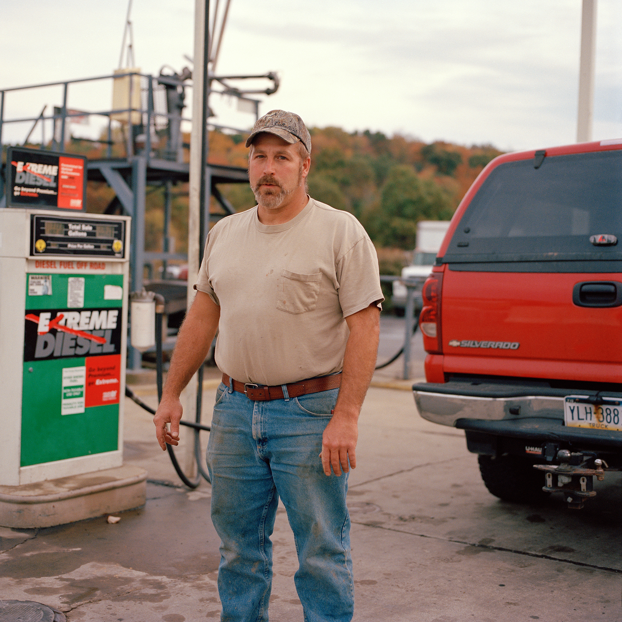 Brian filling gas cans at Glassmere Fuel and Service, Tarentum PA