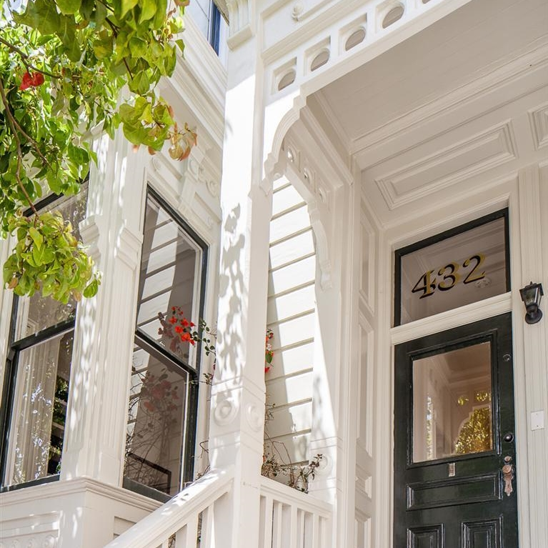 432 Elizabeth Street