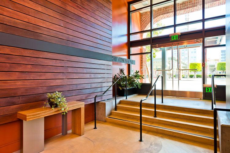 lobby-2_5.jpg