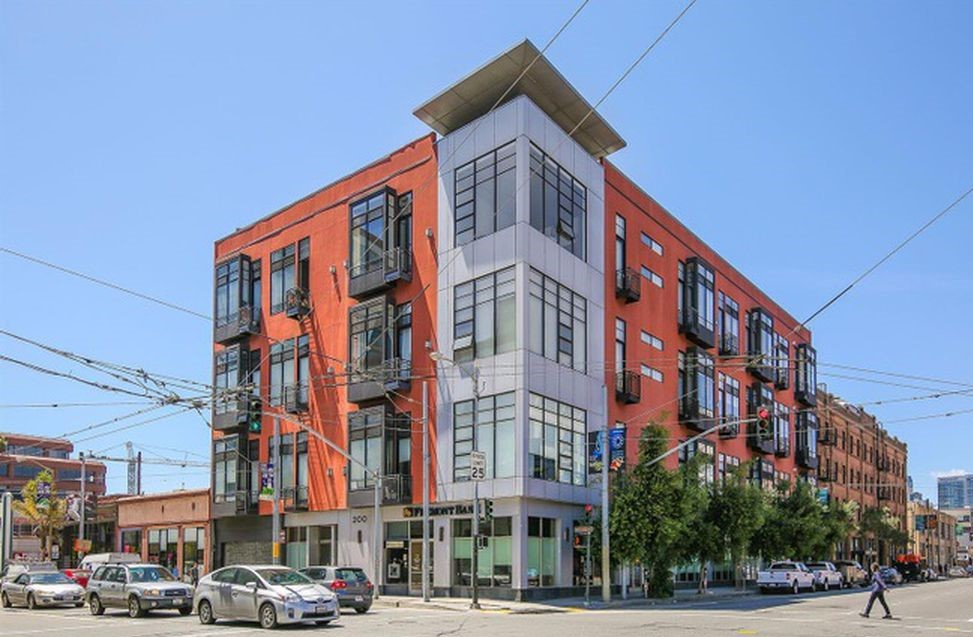 200 Townsend St #12 |  SOUTH PARK  | San Francisco  1 Bed | 1 Ba | Condo | 1 Parking    $4400 per Month