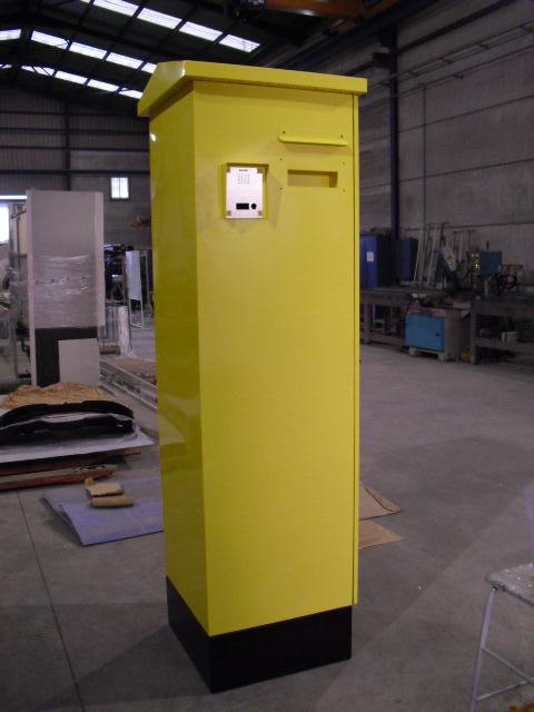 Columna expendedora de recibos para vehículos pesados con interfono