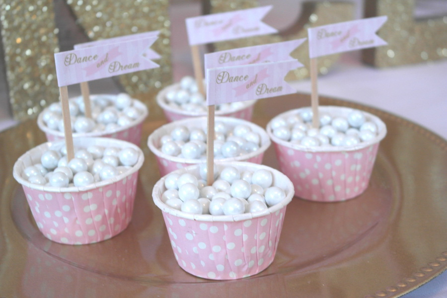 24 NutcrackerParty_28blog - sweetlychicevents on P.jpg