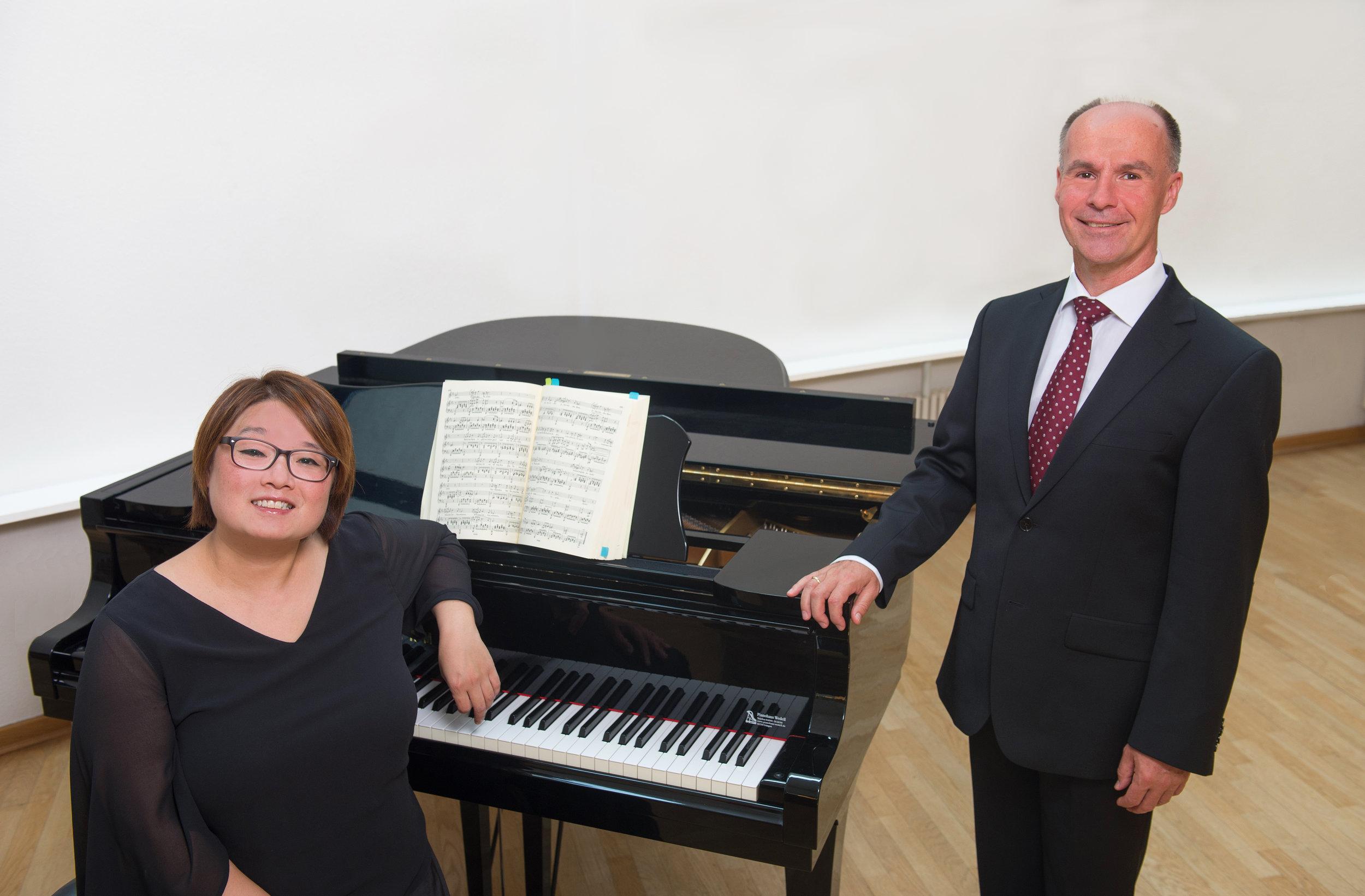 Jeong-Hwa Fischer (Piano), Christian Balzer (Bariton)