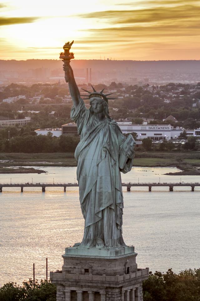 Statue Of Liberty  Canon T5i, Canon 70-200mm f/2.8L @115mm (iso400, f/2.8, 1/2500s)