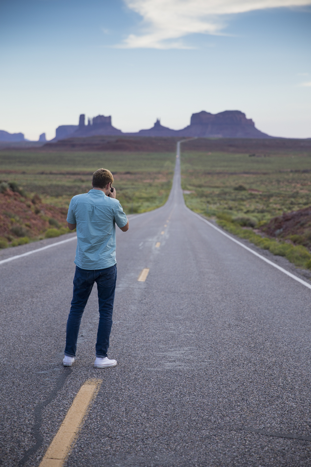 Jon Jenkins shooting photos of Monument Valley  Canon 6D, Canon 24-70mm f/2.8L (iso320, f/2.8, 1/500s)