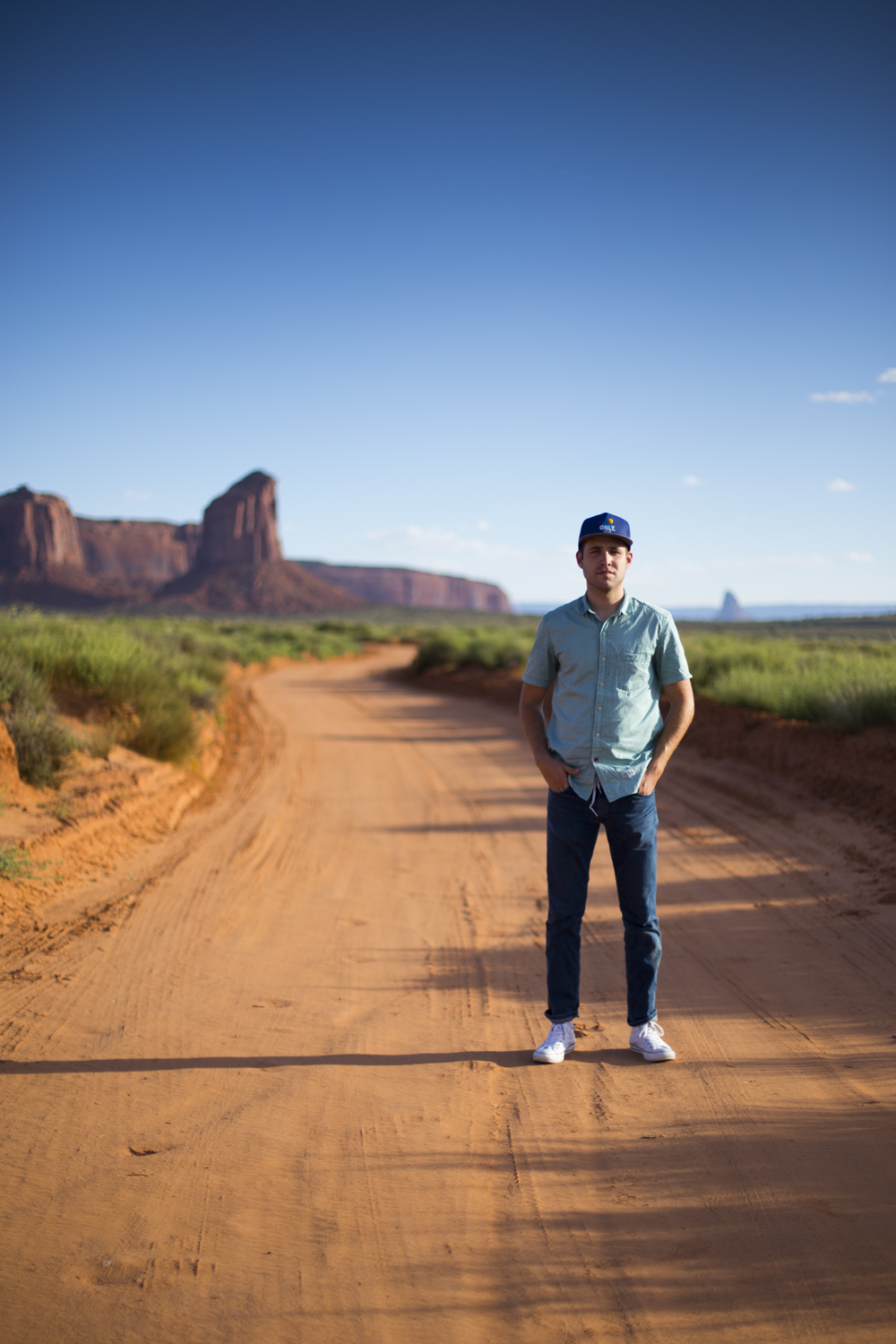 Another one of Jon Jenkins in Monument Valley  Canon 6d, Canon 50mm f/1.4 (iso100, f/1.6, 1/4000s)