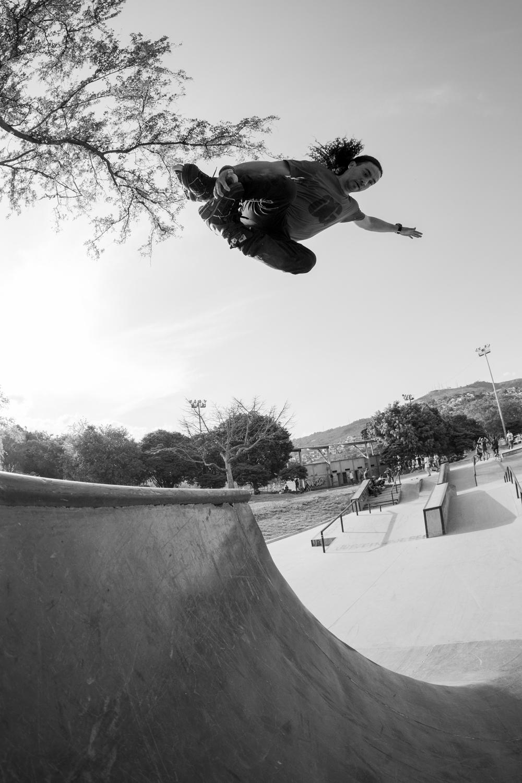 Jon Ortiz mute grab hip transfer  Sony A7II, Canon 15mm f/2.8 Fisheye (iso500, f/7.1, 1/1000s)