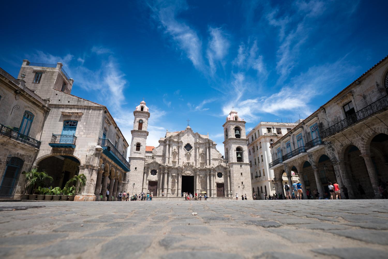 This is La Catedral de la Virgen Maria de la Conception Inmaculada de La Habana. Thats a mothfull.  Sony A7RII, Zeiss Batis 18mm f/2.8 (iso50, f/5.6, 1/400s)