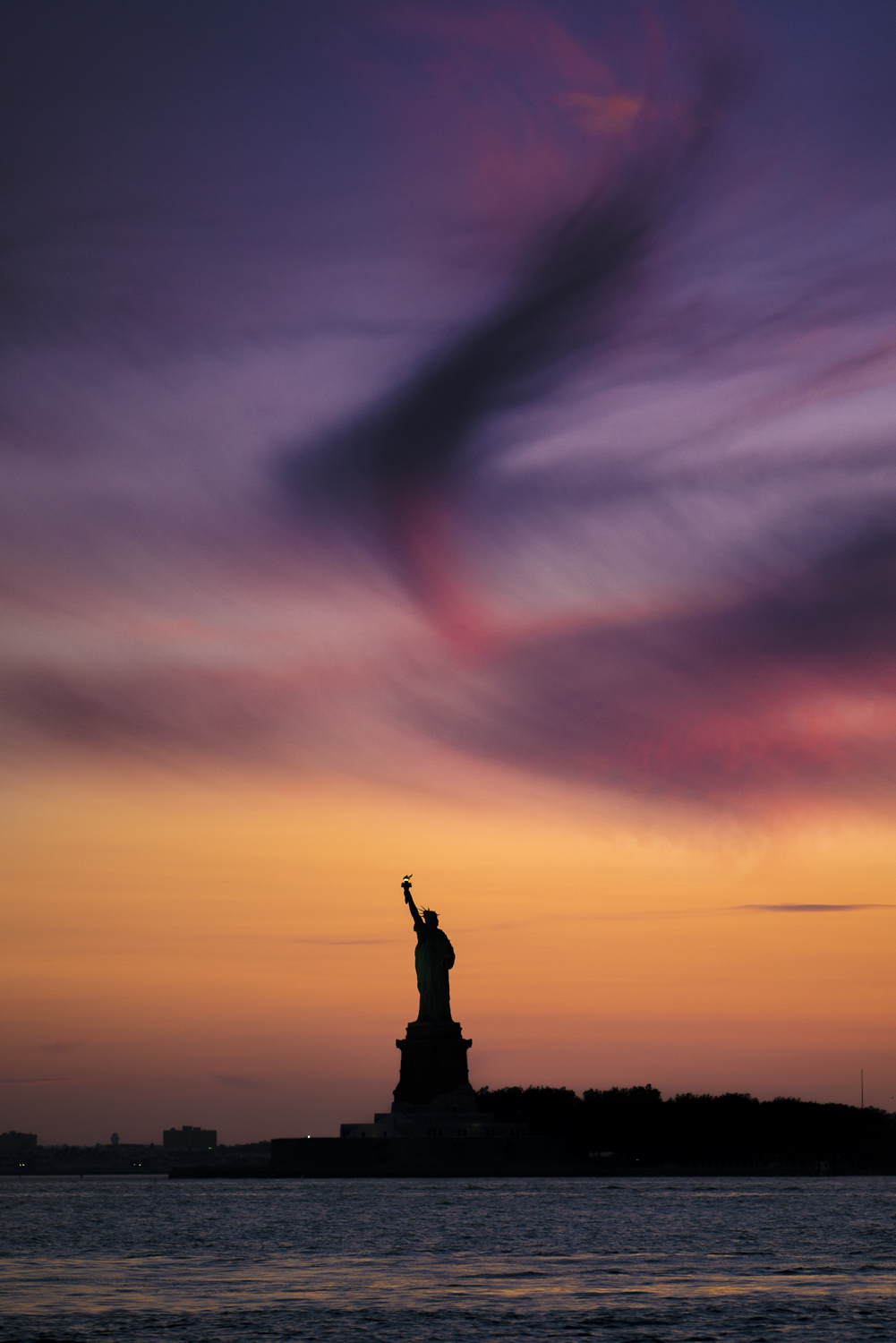 statue of liberty sunset nyc austin paz