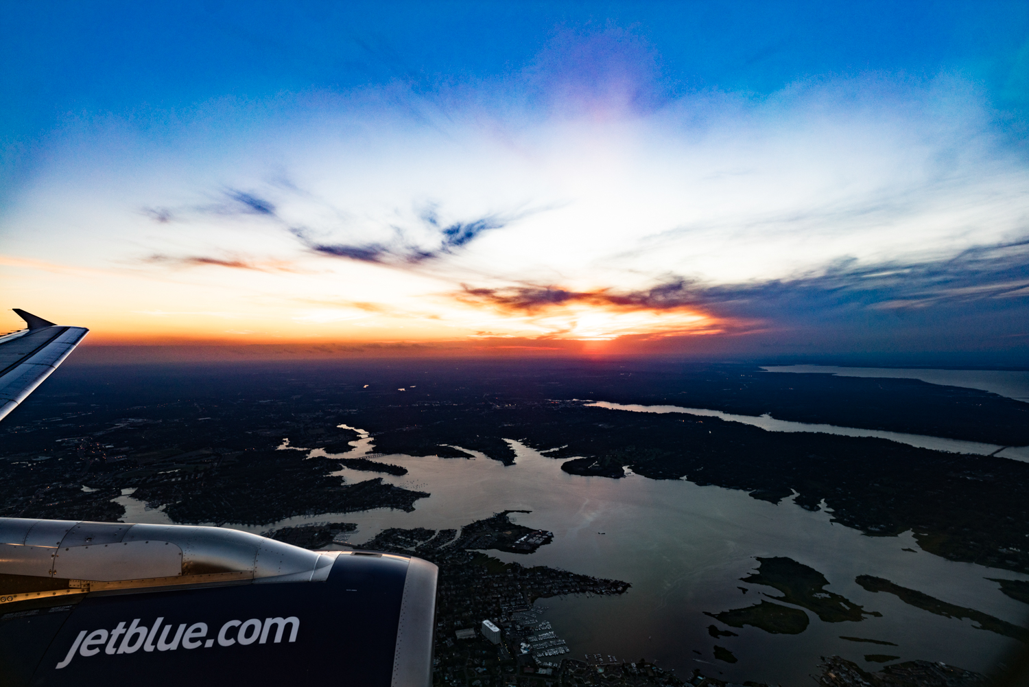 On the flight home. This was in no way endorsed by Jet Blue.  Sony A7RII, Zeiss Batis 18mm f/2.8 (iso400, f/4, 1/100s)