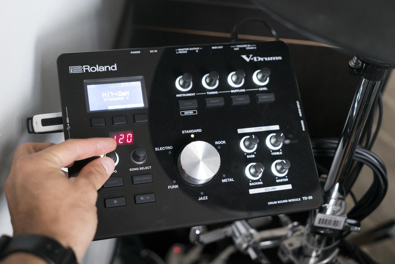 roland td25 hybrid electric drum kit