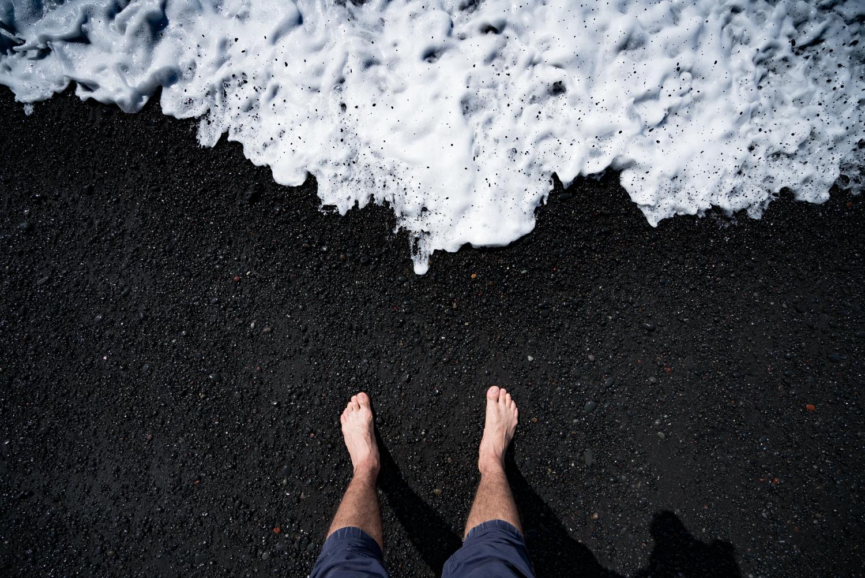 iceland vik black sand beach travel photography austin paz