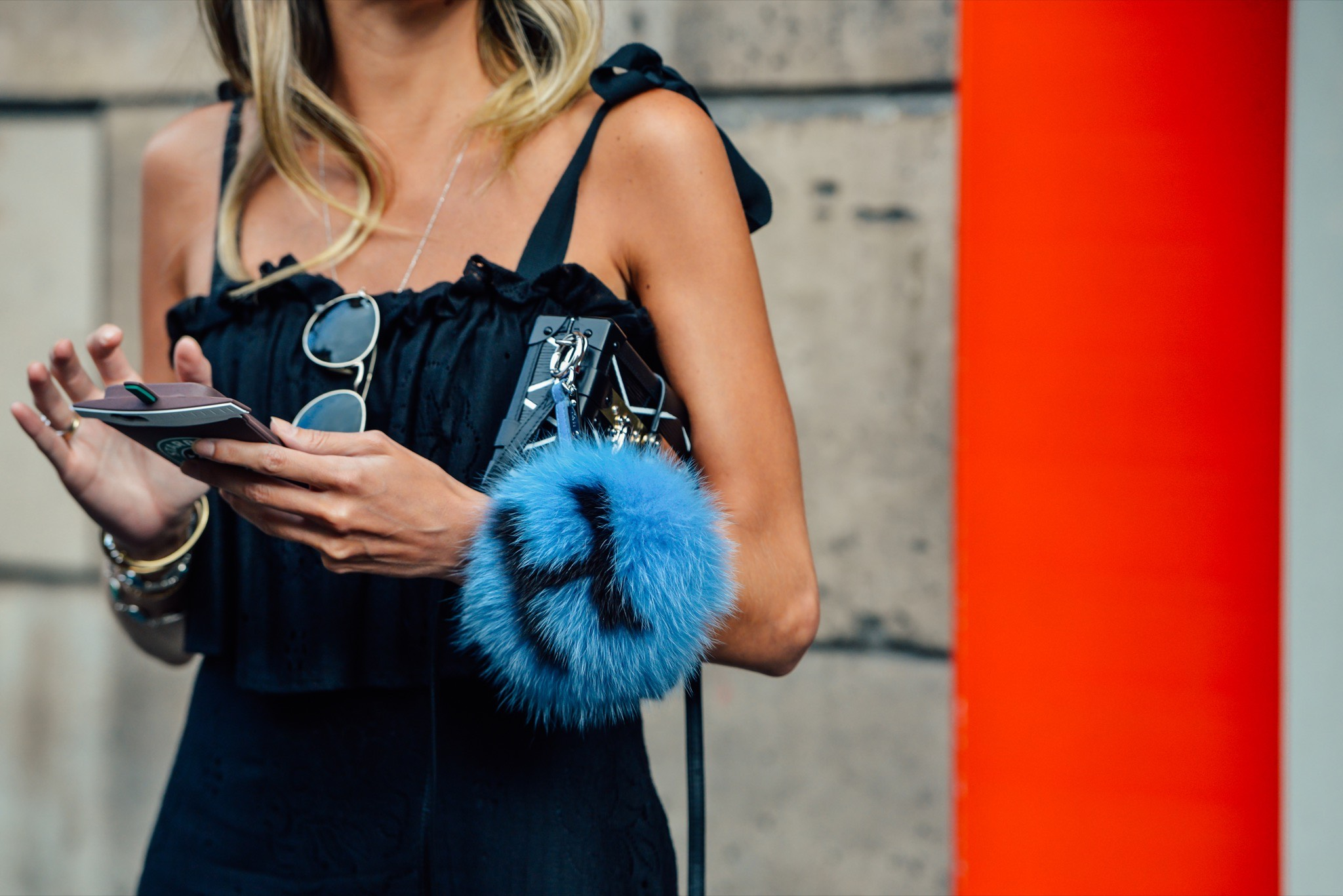 08-fall-2015-couture-street-style-13.jpg