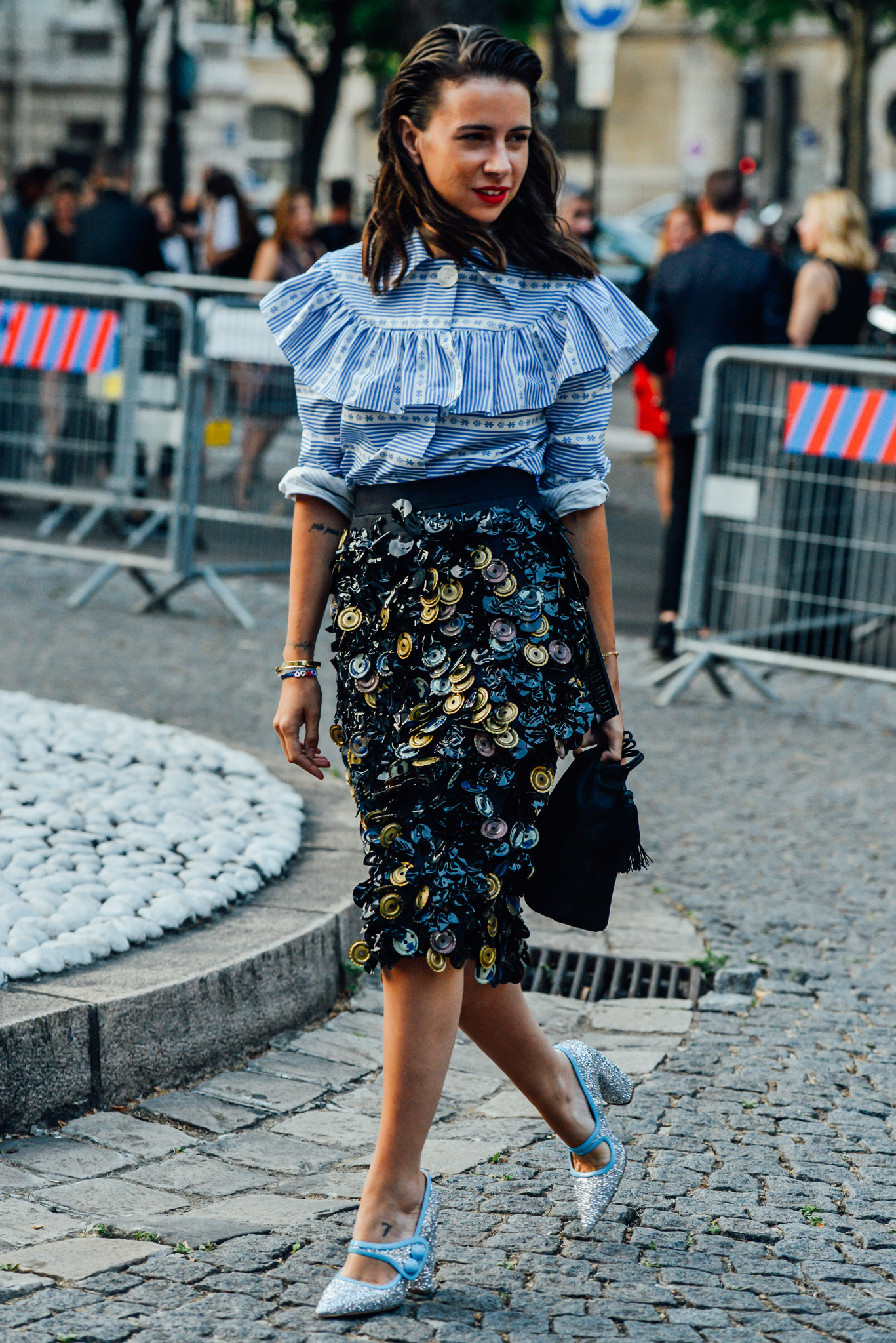 10-fall-2015-couture-street-style-12.jpg