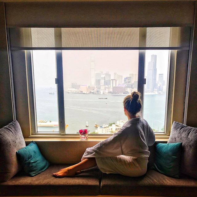 Thanks @excelsiorhk for a lovely staycation! 💕 . . . . #weekendwellspent #staycation #hkstaycation #relax #hkview #excelsiorhk