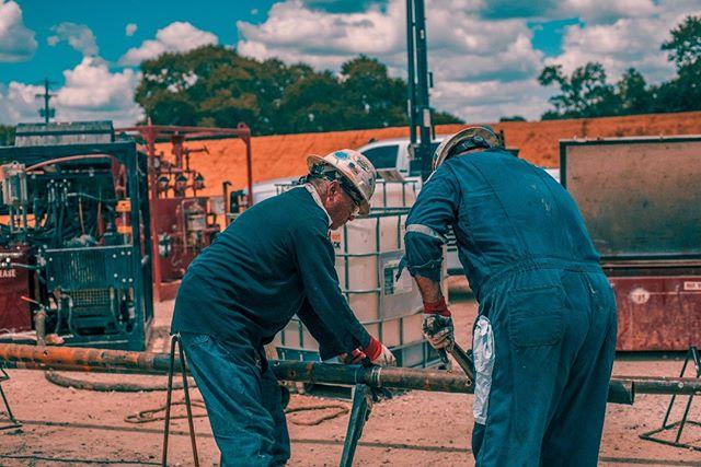 Team work makes the dream work! #sony #a7s #sonya7s #fracgun #oil #gas #oilandgas #petroleum #engineering #hydraulicfracturing #frac #fracking #oilfield #oilfieldlife #adobe #adobelightroom #lightroom #adobephotoshop #photoshop #instagood #photooftheday #beautiful #picoftheday #summer #country #instadaily #fun #instalikes #iger  #nature