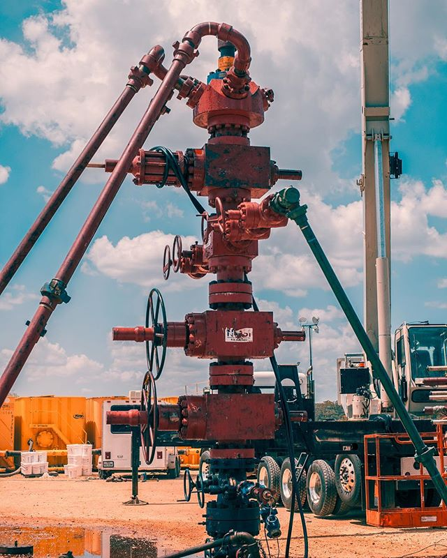 That's one good lookin' Frac stack! #sony #a7s #sonya7s #oil #gas #oilandgas #petroleum #engineering #hydraulicfracturing #hydraulicfracking #frack #fracking #oilfieldlife #oilfield #adobe #adobelightroom #lightroom #adobephotoshop #photoshop #instagood #photooftheday #beautiful #picoftheday #summer #country #instadaily #fun #nature #instalike #travel