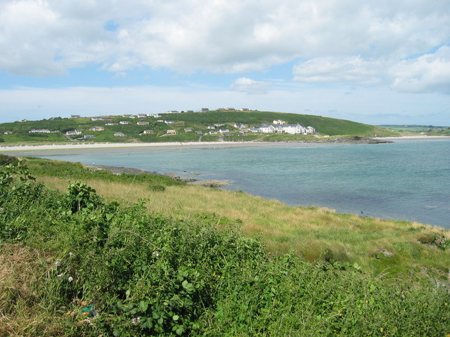 Muckruss_Head_looking_across_Clonakilty_Bay_to_Virgin_Mary's_Point_-_geograph.org.uk_-_405514.jpg