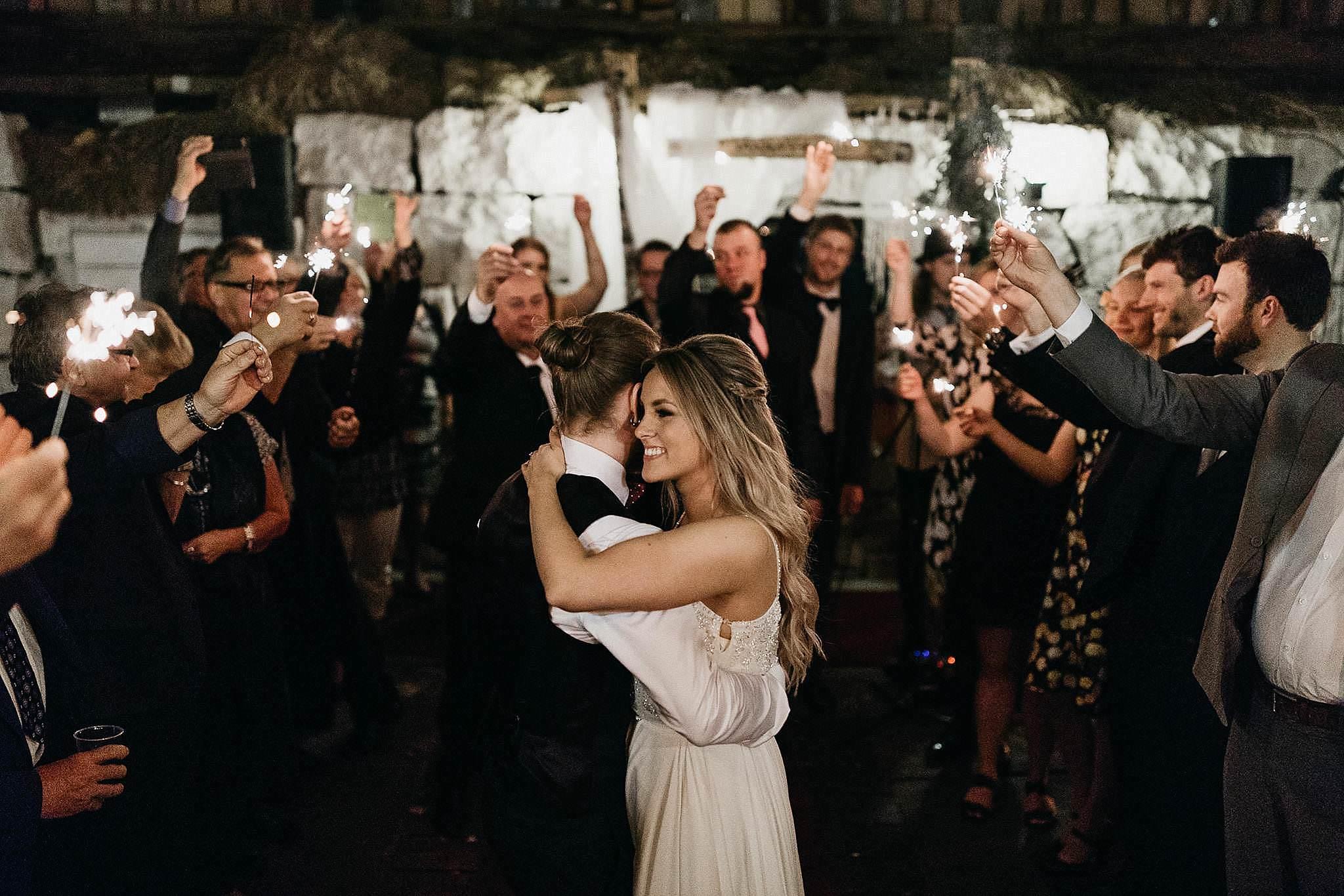 Haakuvaus_wedding_jyvaskyla_muurame_tuomiston_tila_0184.jpg