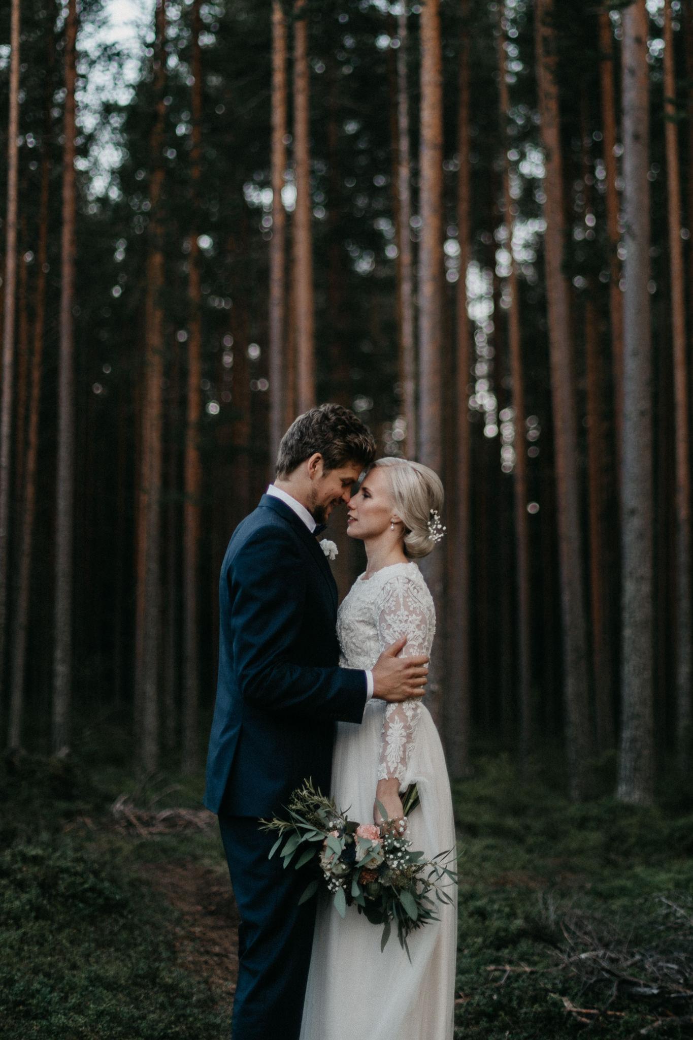 Documentary wedding + Engagement session