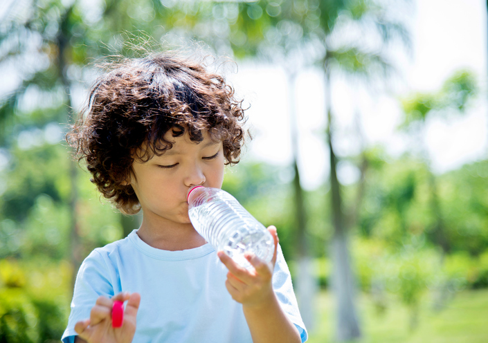 plastic-water-bottle.jpg