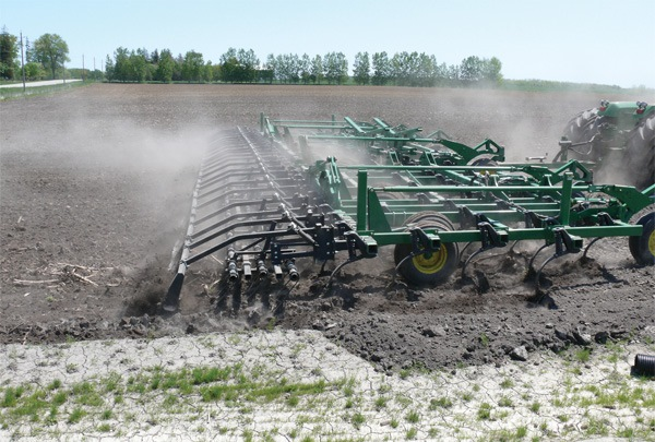 universal harrow in action