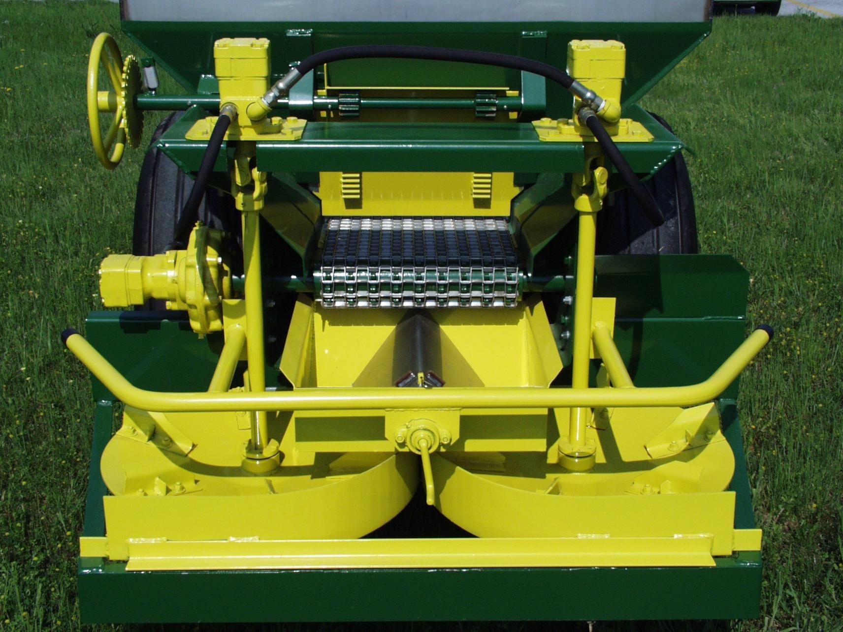 BBI Cricket Vineyard Spinner and Conveyor System