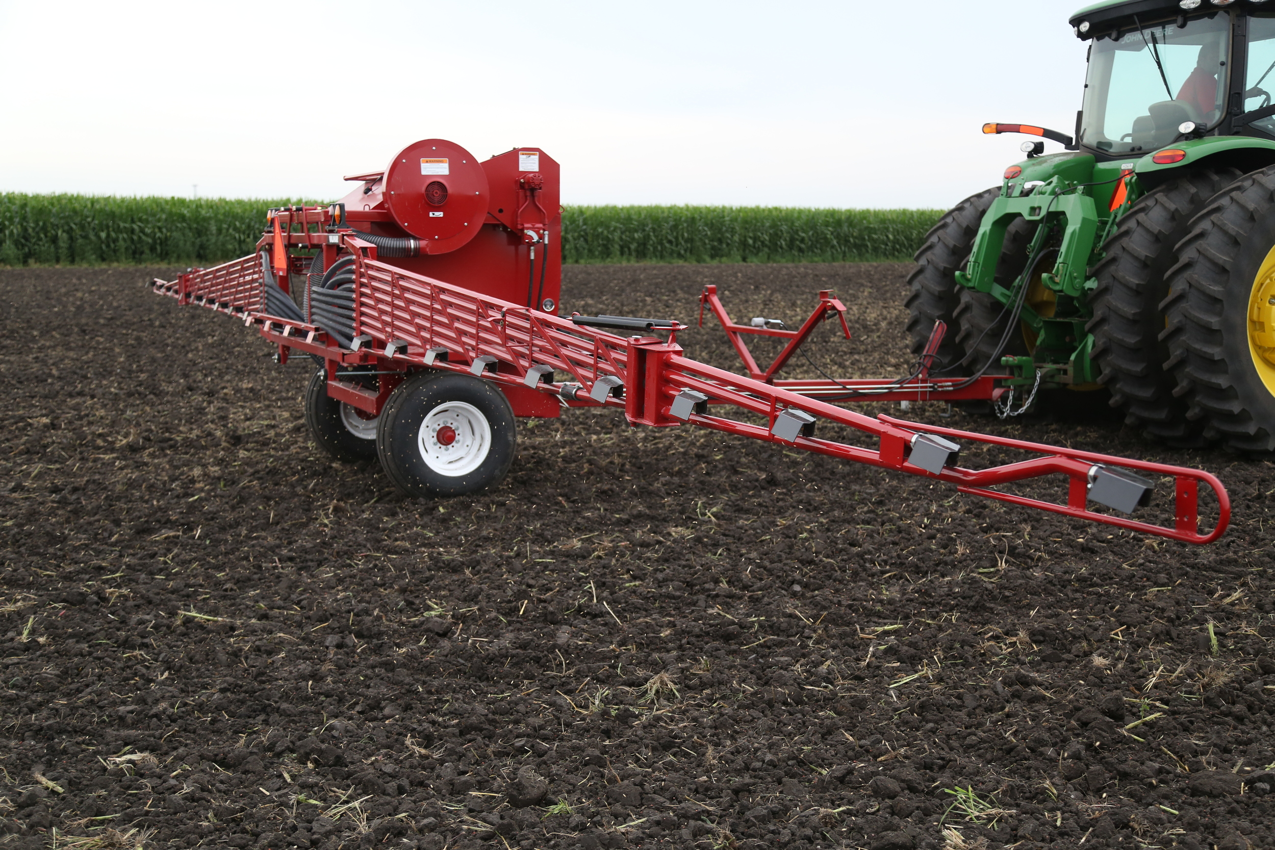 Salford Valmar 245 Pull-Type Applicator