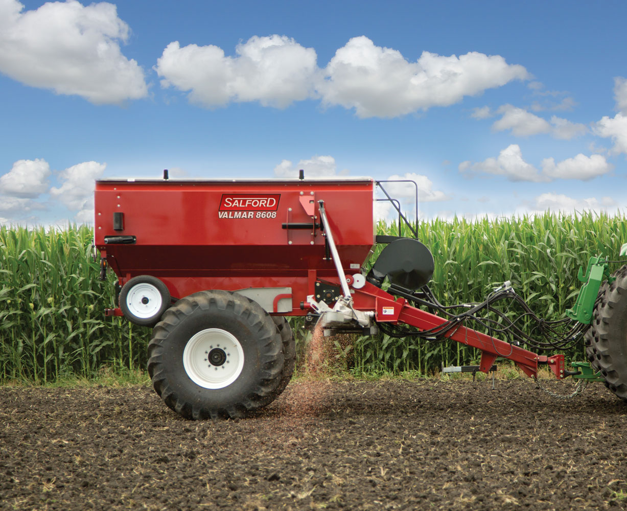 AirFlo 8600 Fertilizer Spreader (2/9)