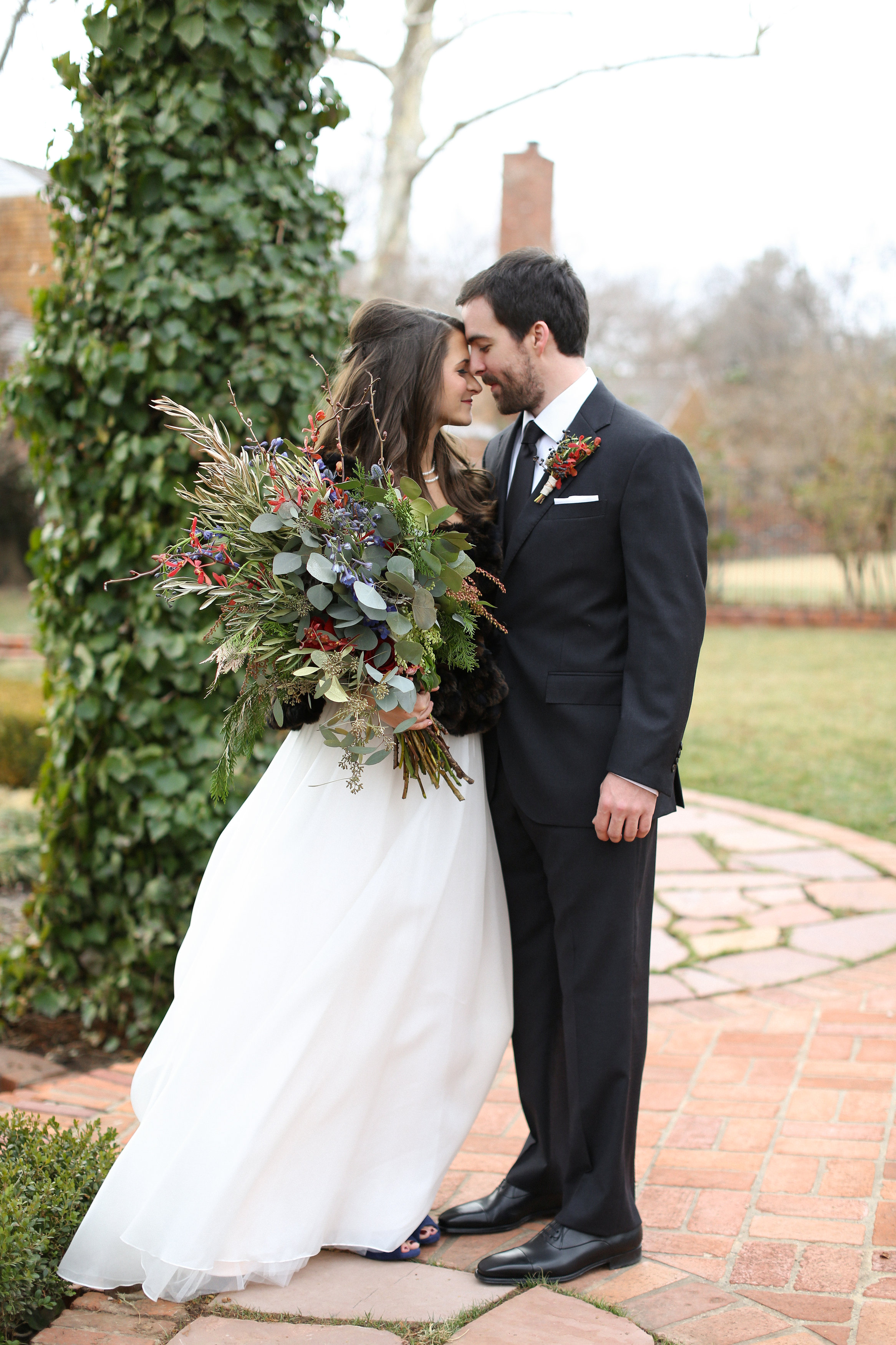 Aaron_Snow_Photography_Dick-Jordan_Wedding_Alone.052.jpg