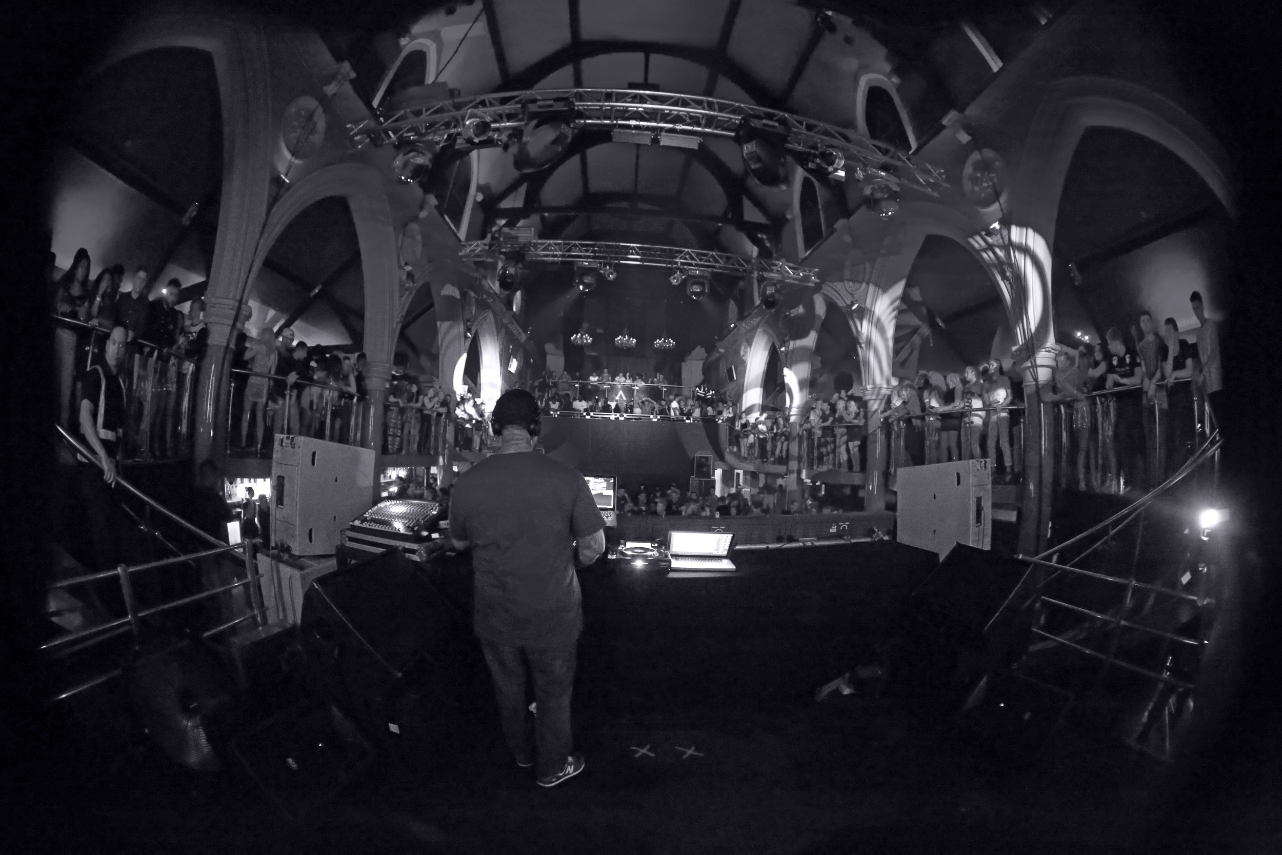 DJ Montay 2.jpg