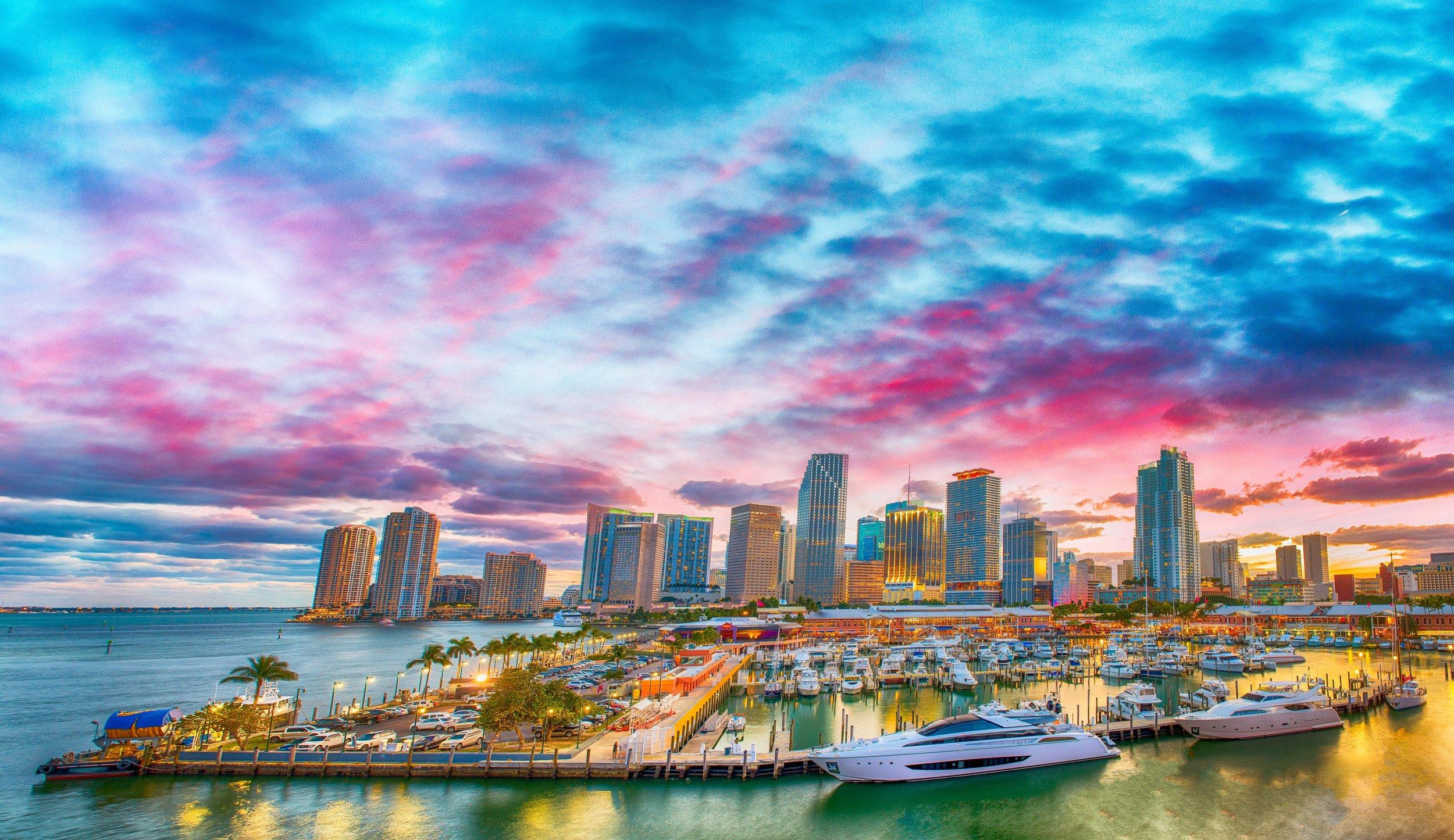 The Business Broker of Miami - est une agence privée qui assiste les acheteurs et les vendeurs de commerces et d'entreprises à Miami, FL