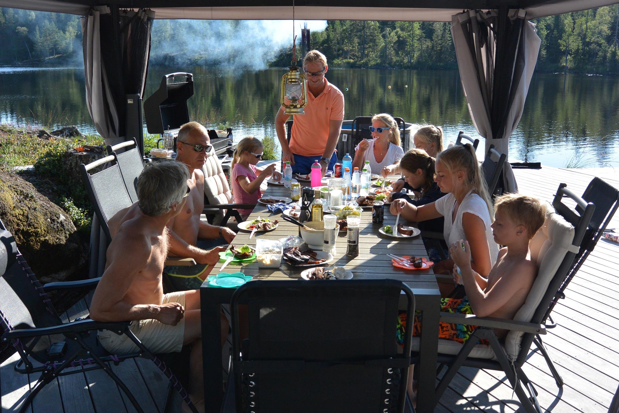 Middag på familien Lindbergs regning før hjemreise :-)