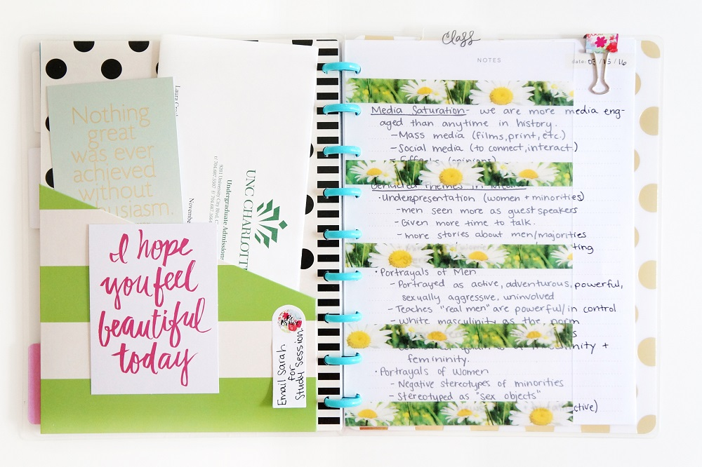 Cute college stationery using Happy Planner for taking notes