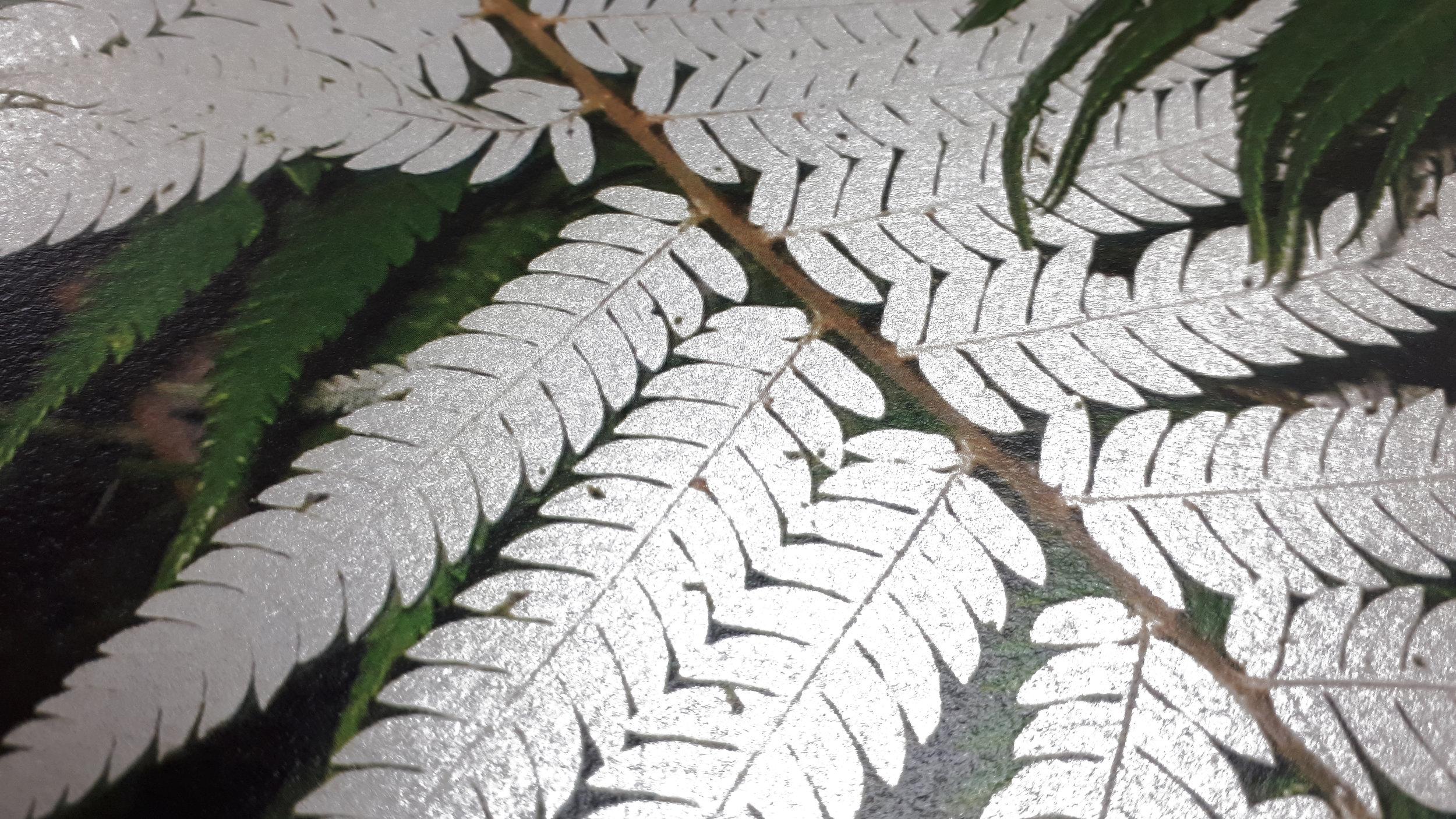 Metallic silver sheen specialty ink