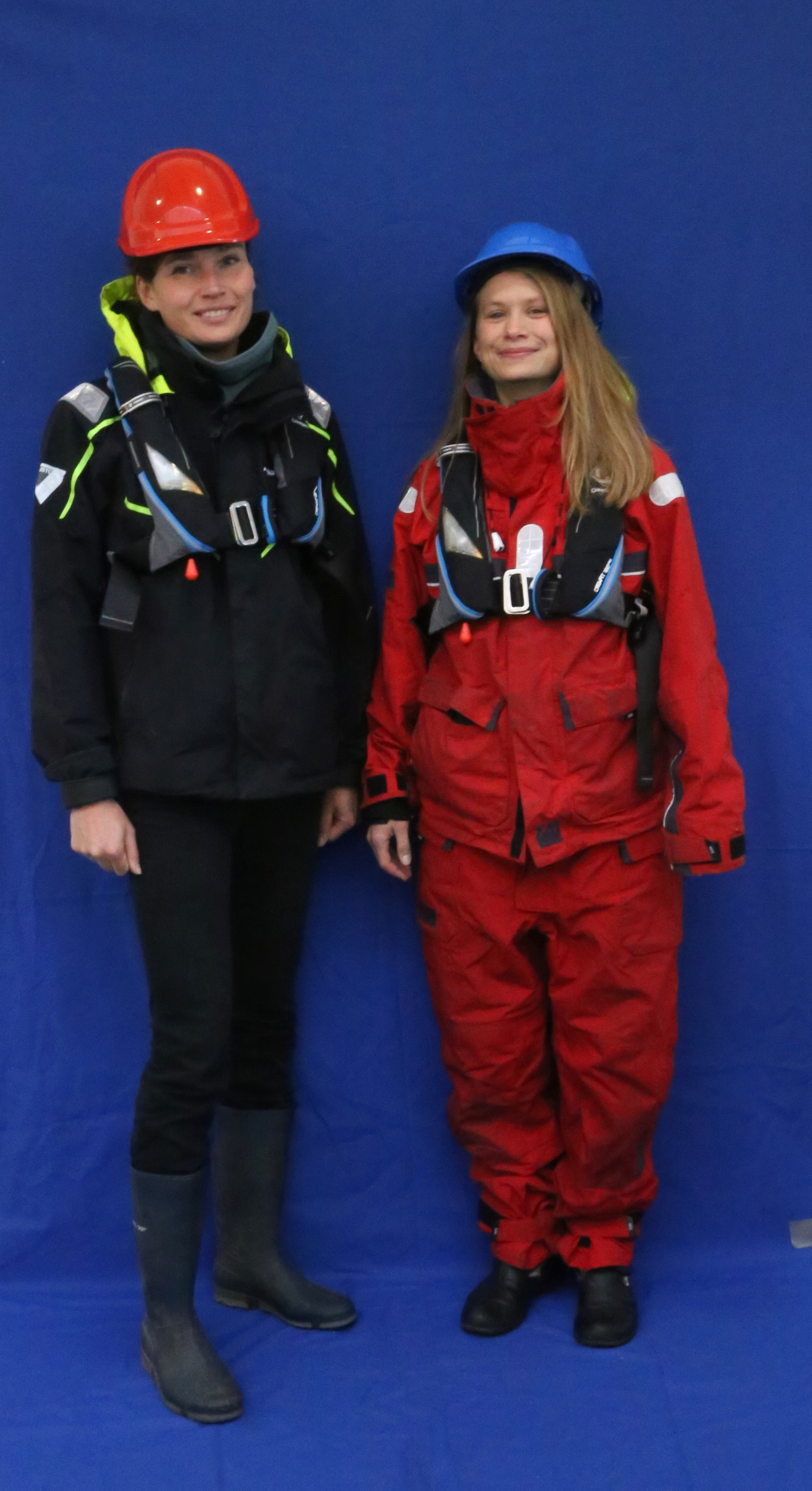 Anneke and Leonie as Oceanographers, photo taken by Claire Riordan