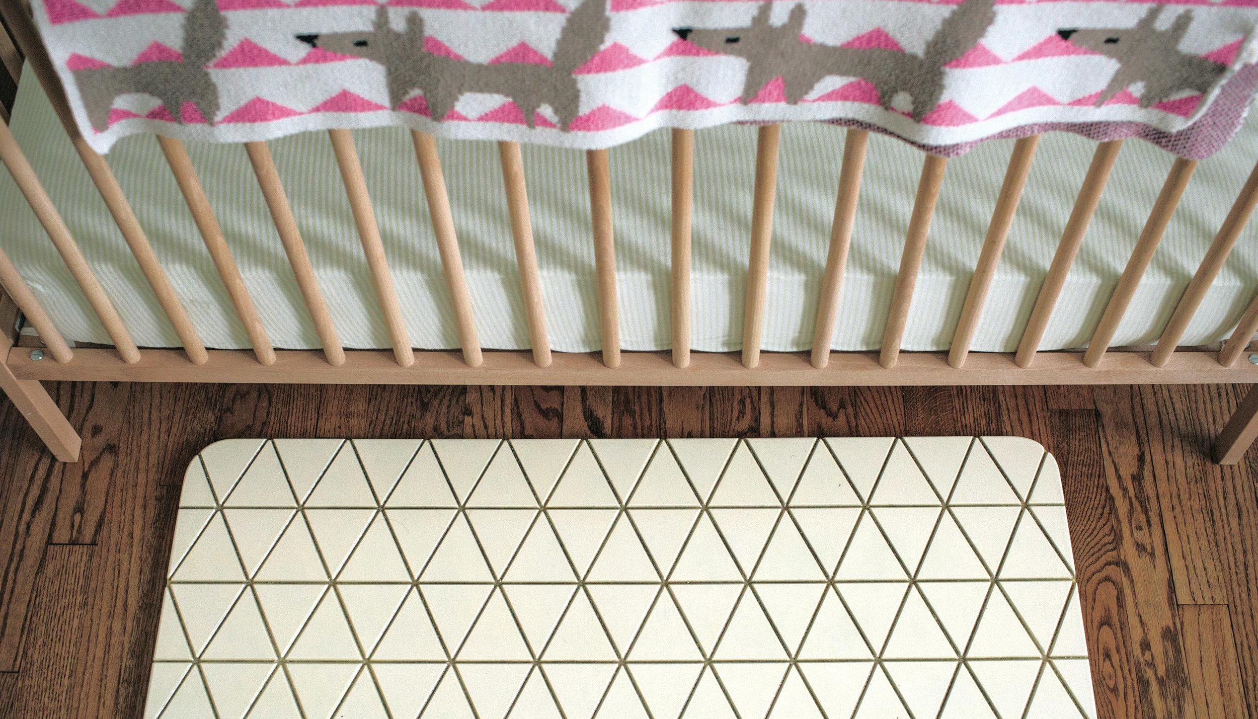 Airea Floor mat  White Nursery 2.jpg