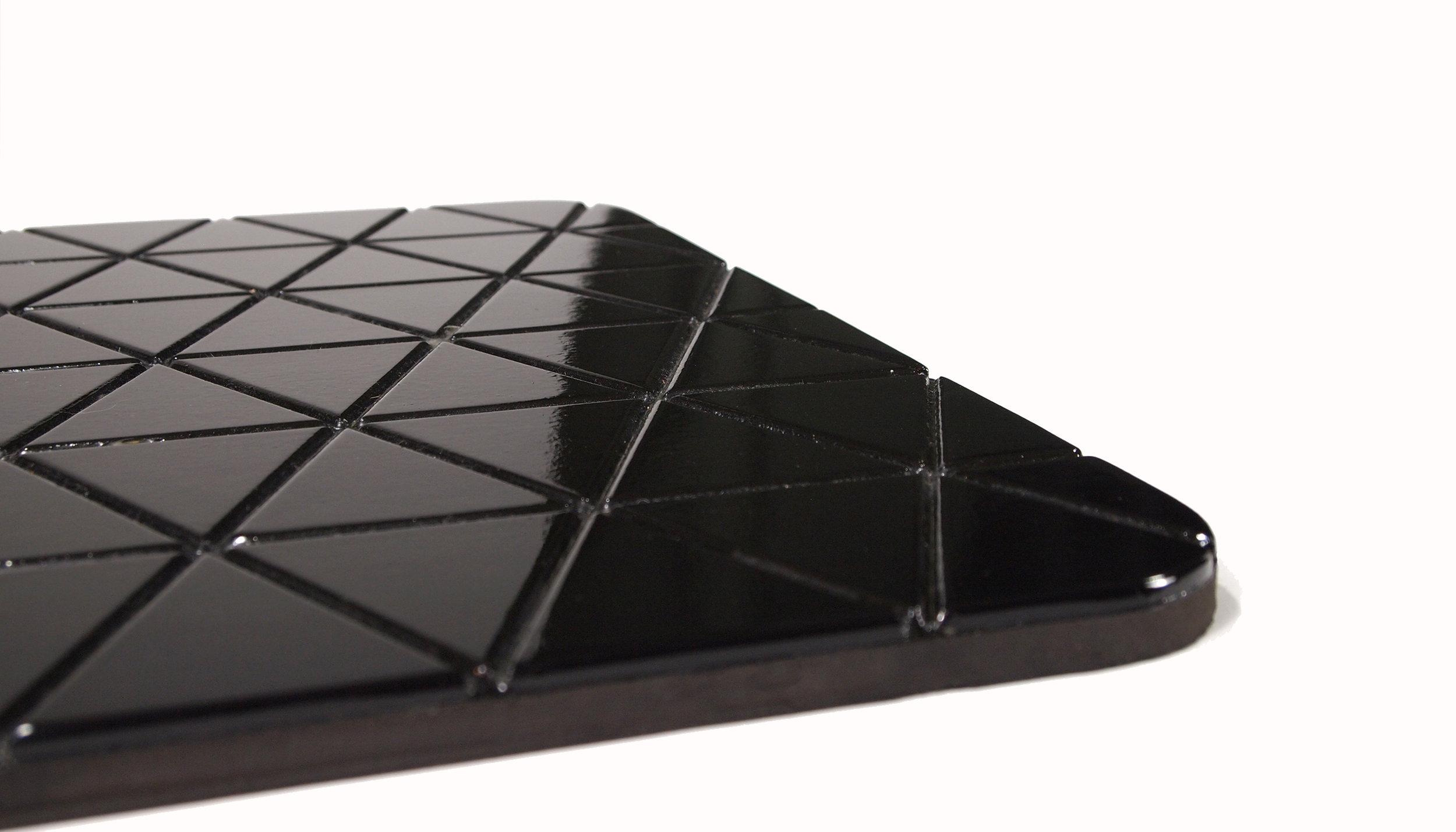Airea Floor mat Gloss Black.jpg