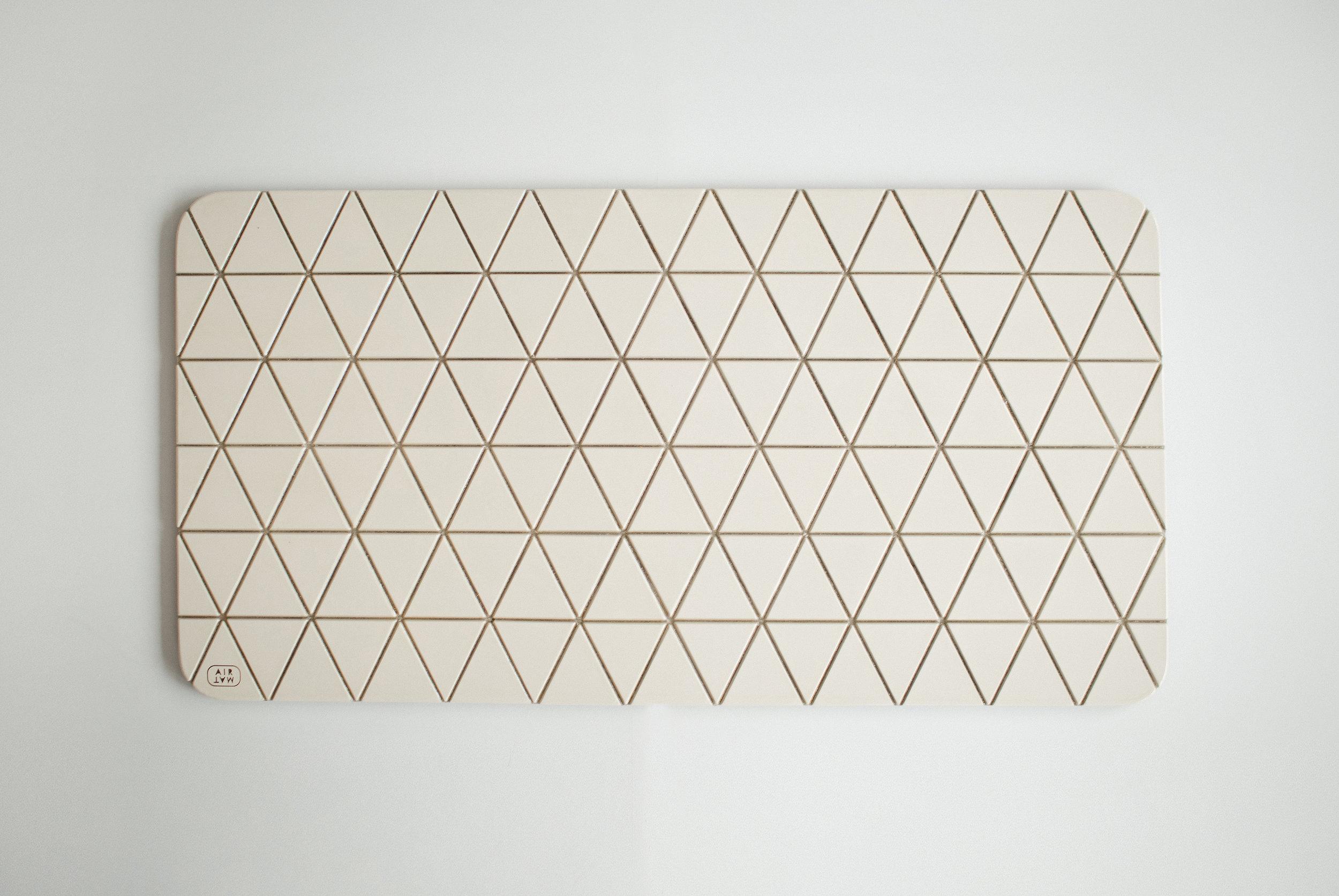 Airea Floormat white.jpg
