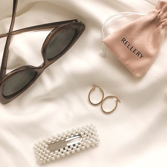 A few of my favorite things, including these dainty oval hoop earrings from @relleryofficial 💖 I love how their unique and chic shape, plus they are so light! Also they are 18K gold over sterling silver-  which is a plus!  Use the link in my bio to get 10% off your order. ✨ #myrellery #rellerylove