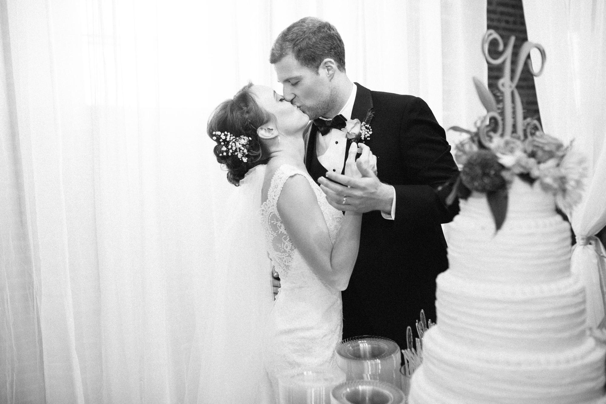 Gulfport_Wedding_Photographer_1110.jpg