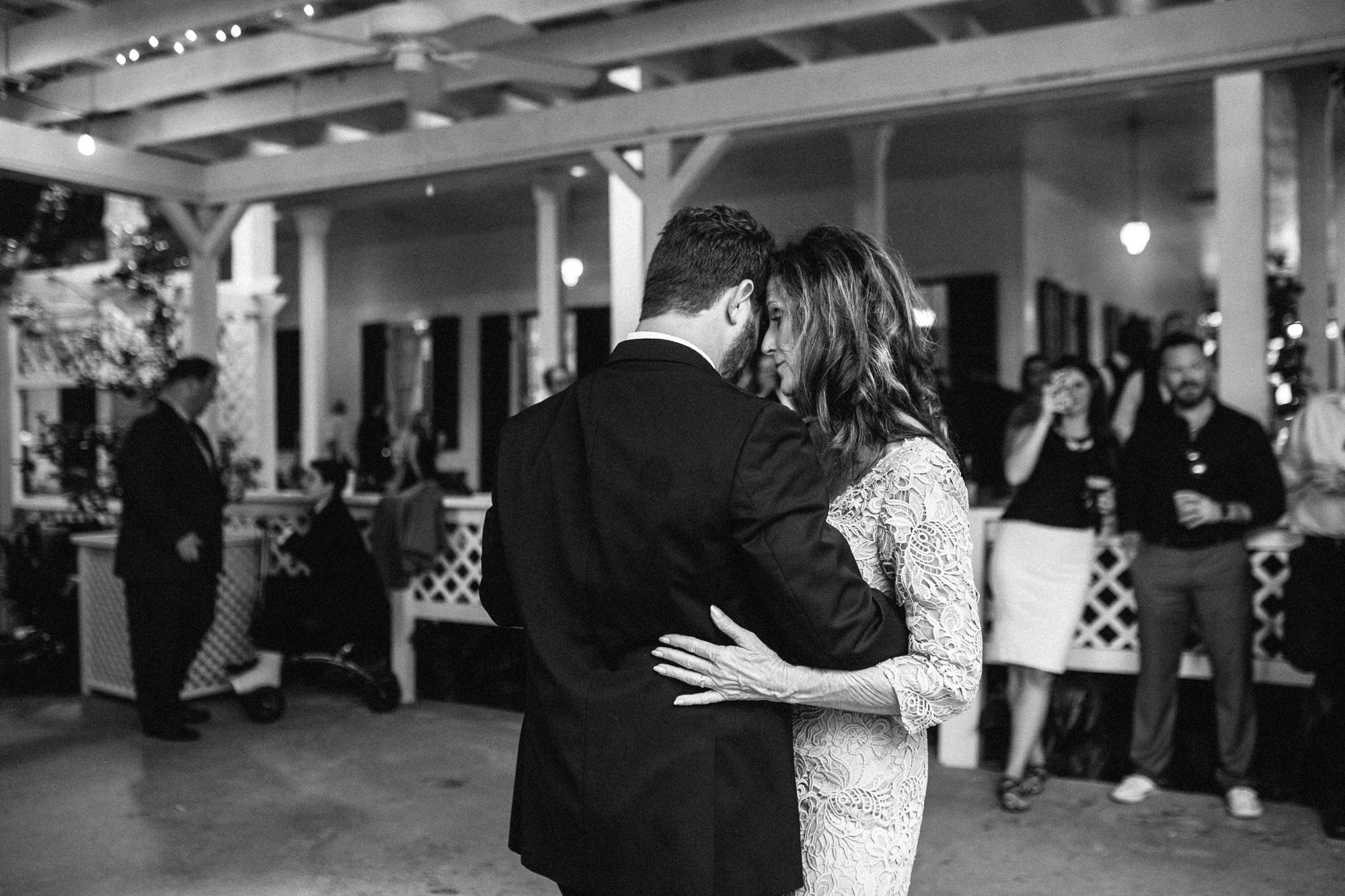 Gautier_Wedding_Photographer-183.jpg