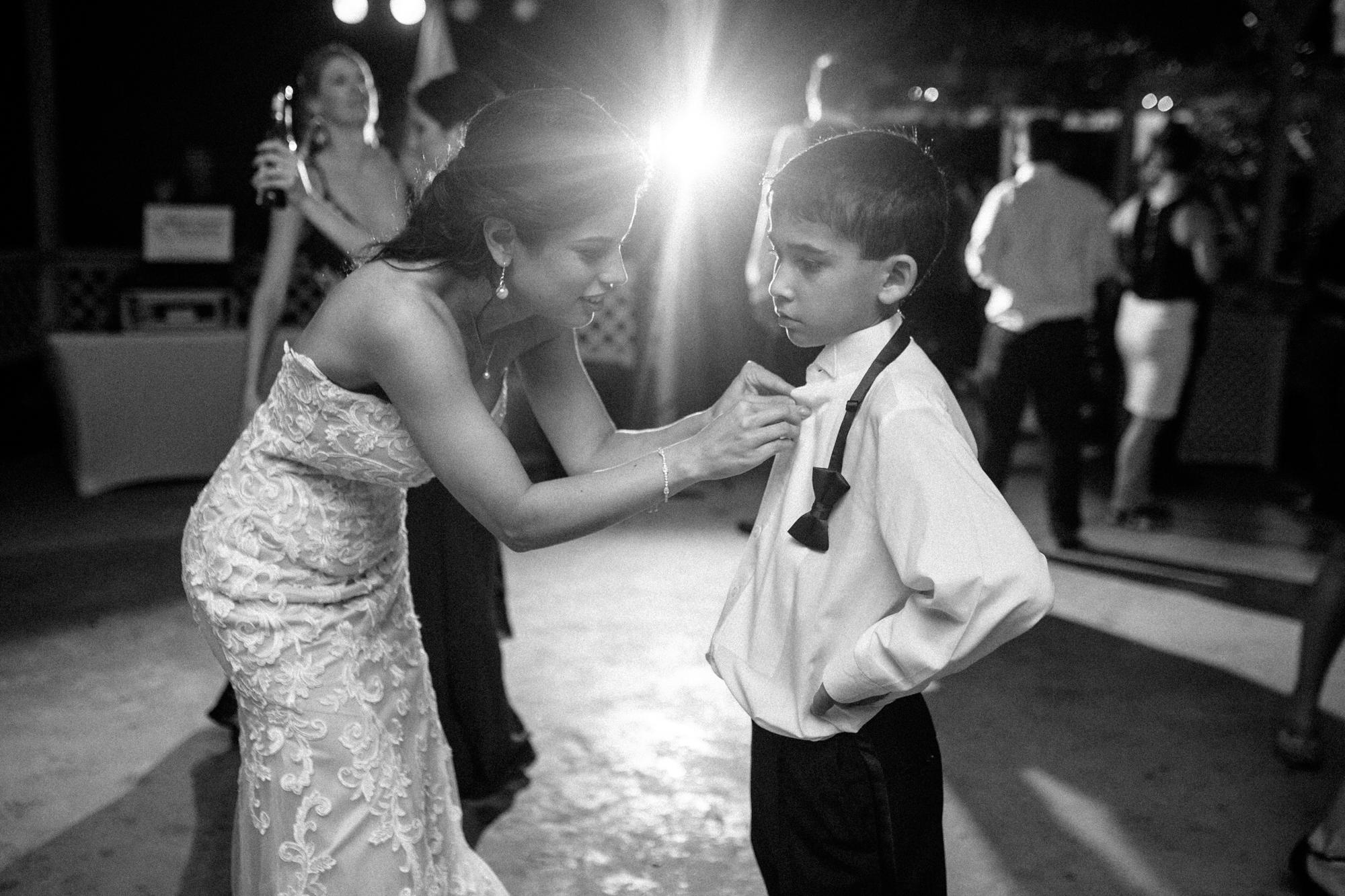 Gautier_Wedding_Photographer-204.jpg