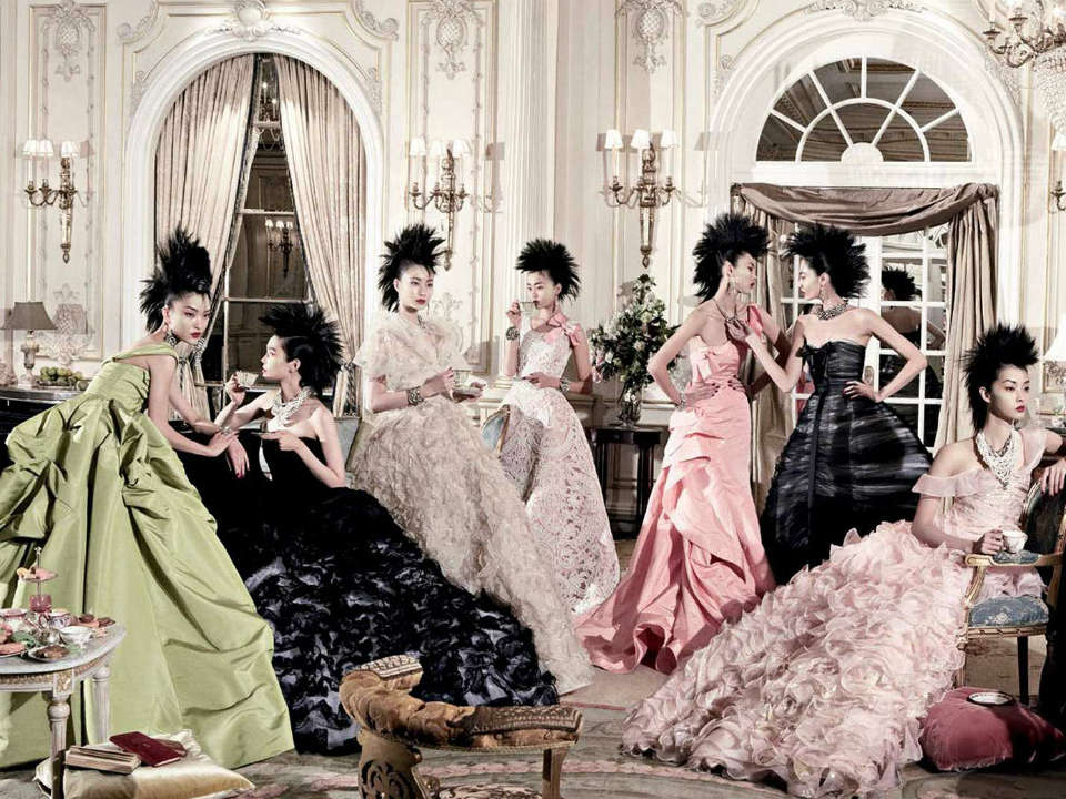 Oscar de la Renta: The Retrospective at deYoung Museum, san Francisco
