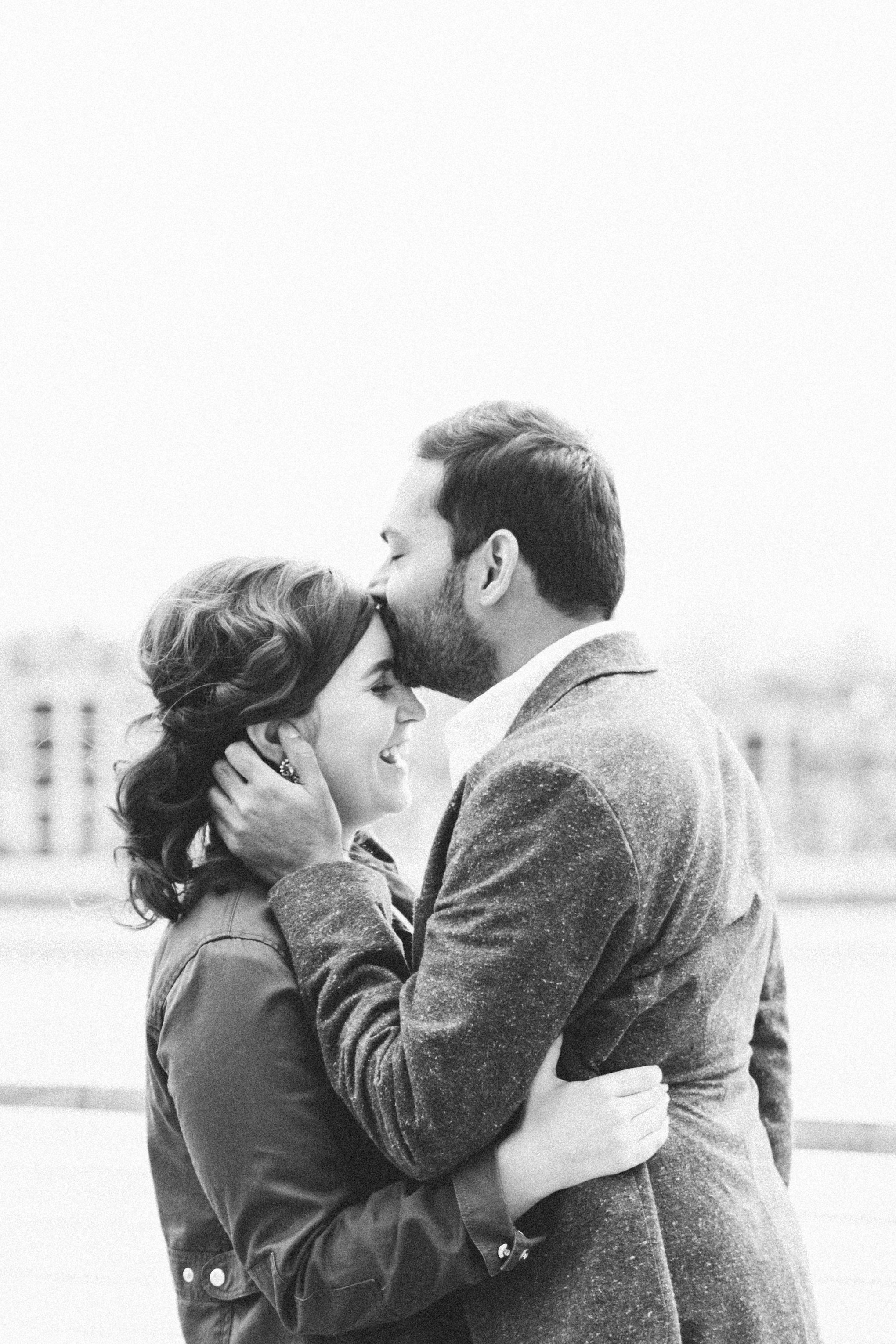 Baltimore Inner Harbor waterfront engagement photography session with Nicki Metcalf Photography-0010.jpg