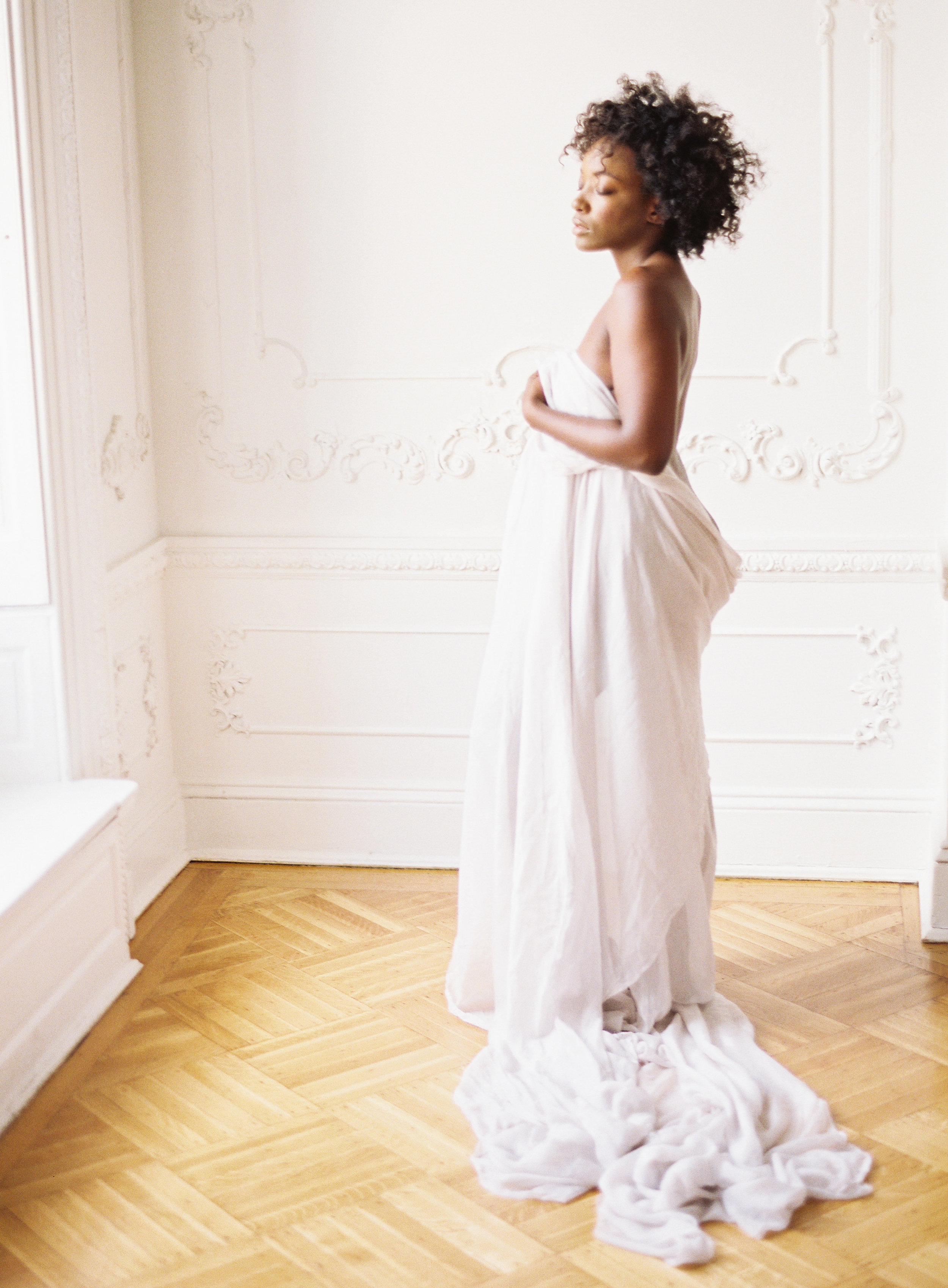 Minimal boudoir photoshoot at the Elephant Restaurant Baltimore with Michael and Carina Photography and fine art luxury wedding planner and stylist East Made Event Company-0008.jpg