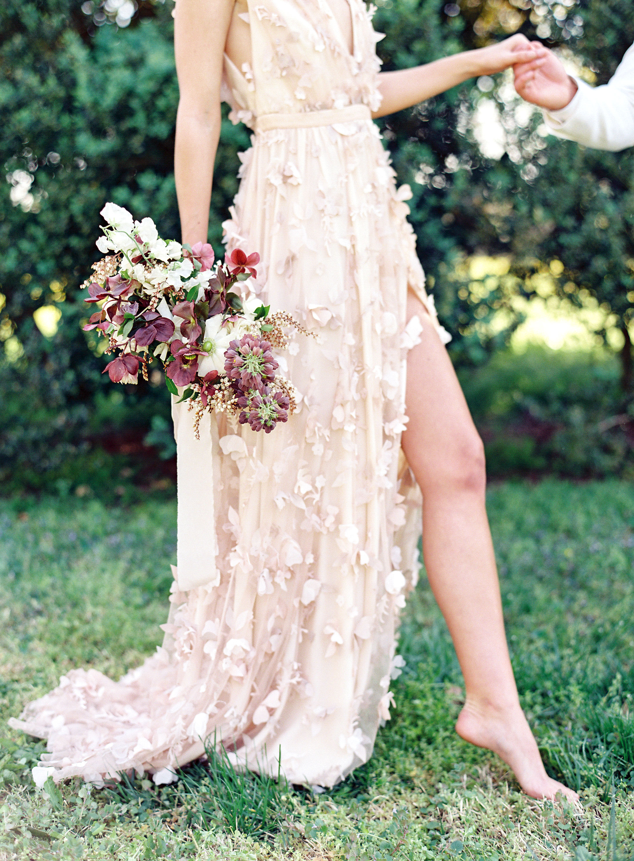Virginia blush spring wedding at North Point Plantation with Rachel May Photography and East Made Event Company featured on OnceWed-0249.jpg